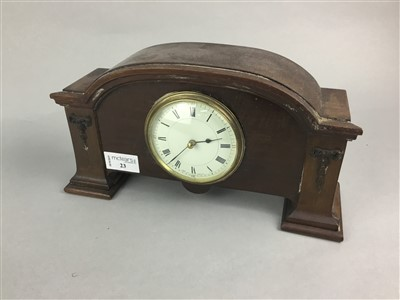 Lot 23-AN EARLY 20TH CENTURY MANTEL CLOCK