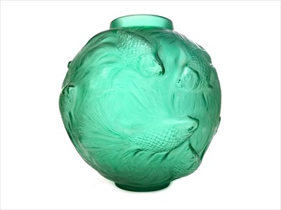 Lot 1203-AN EARLY 20TH CENTURY RENE LALIQUE 'FORMOSE' GREEN GLASS VASE
