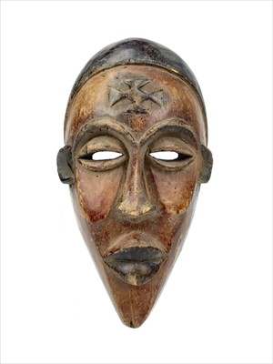 Lot 1068-A CHOKWE MASK