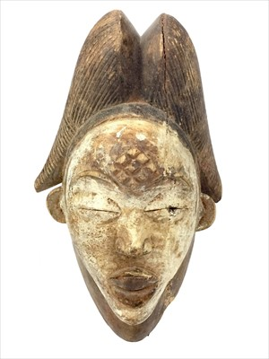 Lot 1097-A PUNU OKUYI MASK