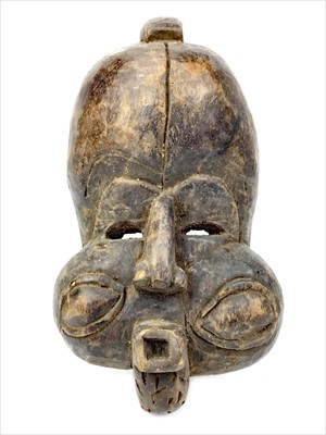 Lot 1075-A BULU 'WIND BLOWER' MASK