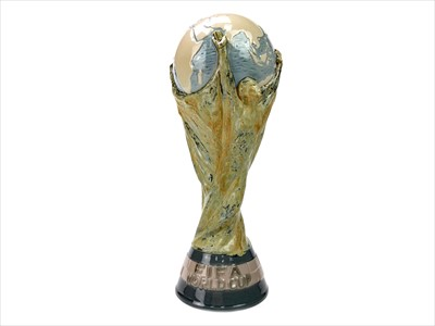 Lot 1711-A LLADRO PORCELAIN MODEL OF THE FIFA WORLD CUP TROPHY