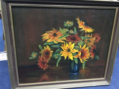 Lot 21-RUBECKIA IN A VASE, AN OIL BY MARGARET AULD