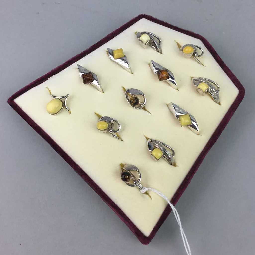 Lot 18-A LOT OF SILVER RINGS INCLUDING ENAMELLED EXAMPLES