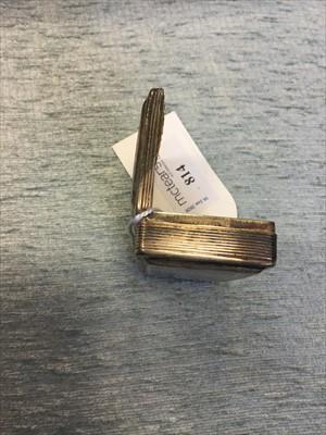 Lot 814-A WILLIAM IV SILVER SNUFF BOX