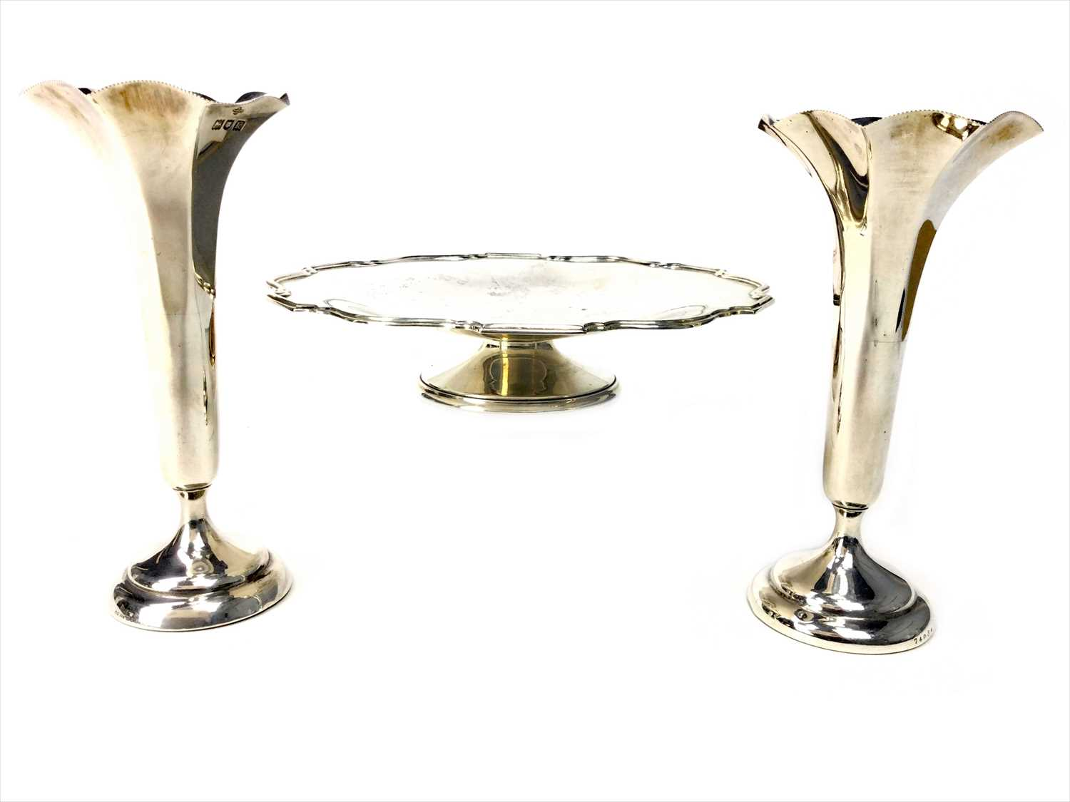 Lot 817-AN EARLY 20TH CENTURY SILVER COMPORT ALONG WITH A PAIR OF SILVER FLOWER TRUMPETS