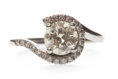 Lot 24-A DIAMOND DRESS RING