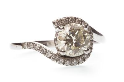 Lot 24-A DIAMOND DRESS RING
