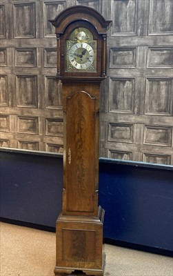 Lot 1113-AN EARLY 20TH CENTURY GRANDMOTHER CLOCK