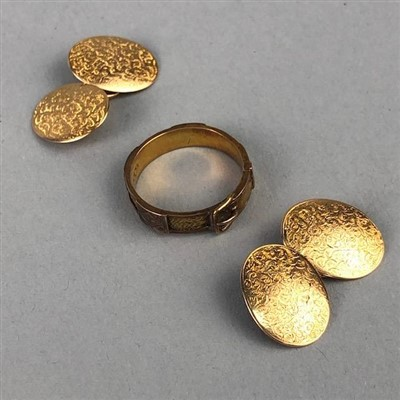 Lot 37-A PAIR OF GOLD CUFFLINKS AND A MOURNING RING