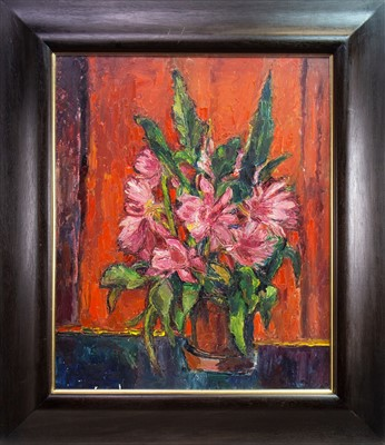 Lot 549-POT OF FLOWERS, AN OIL BY HILDA GOLDWAG