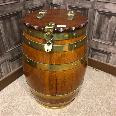 Lot 1608-COOPER OAK AND BRASS BOUND MEAL BARREL