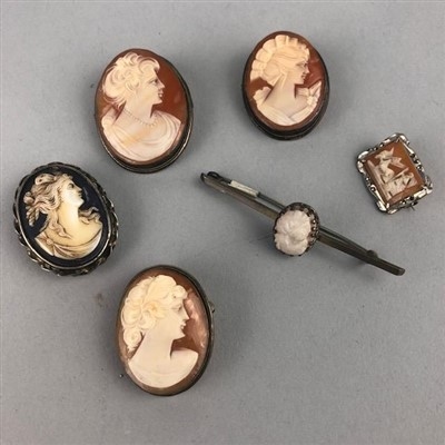 Lot 15-A LOT OF CAMEO BROOCHES