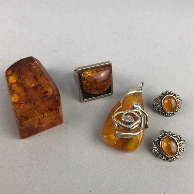 Lot 20-A LOT OF SILVER, AMBER AND OTHER JEWELLERY