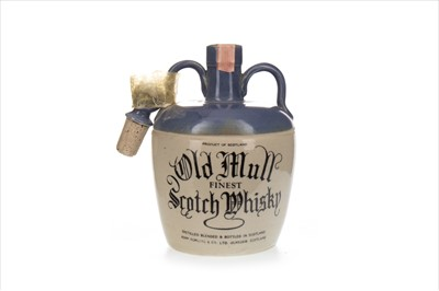 Lot 1428-OLD MULL FINEST FLAGON