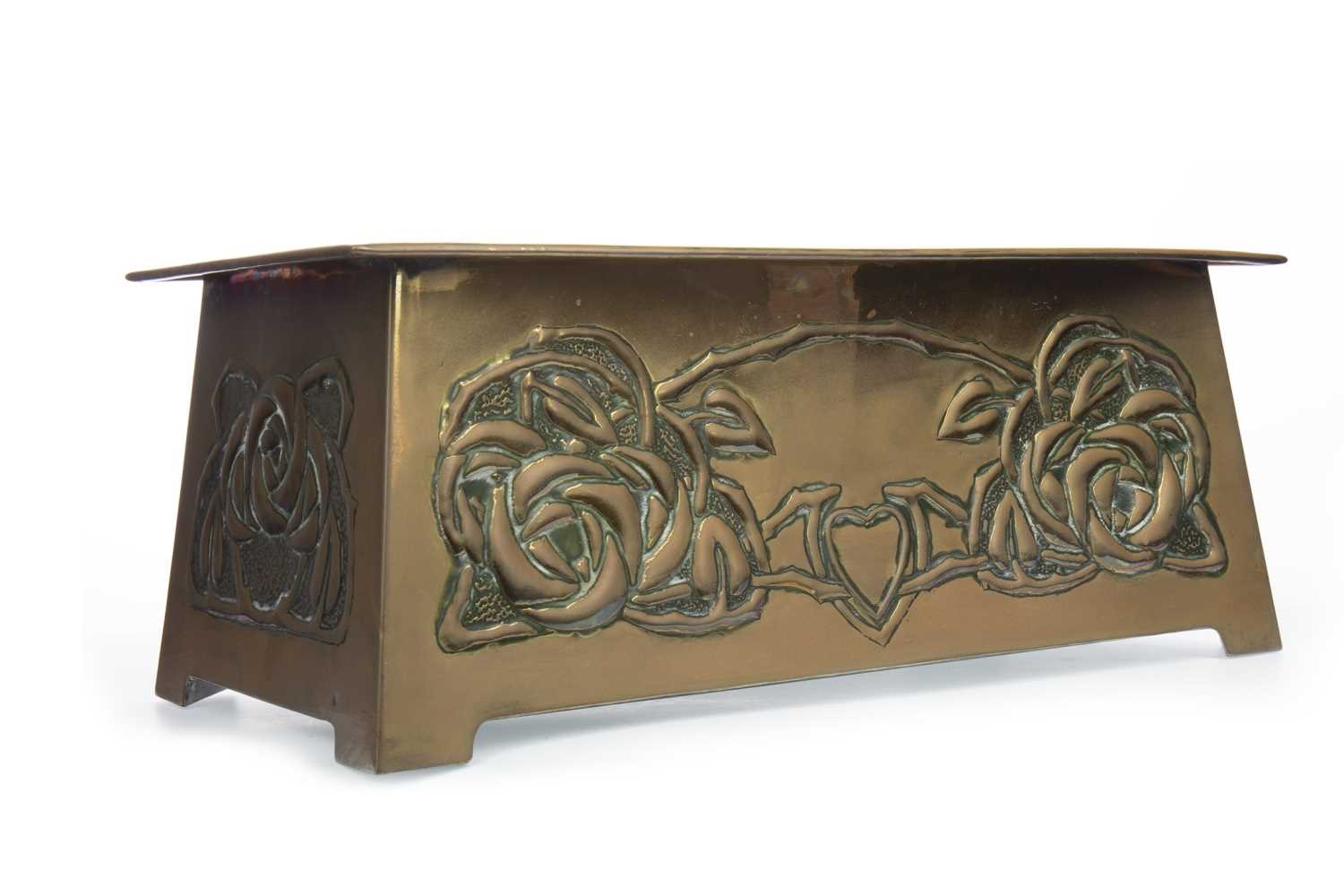 Lot 1643-AN ART NOUVEAU BRASS PLANTER