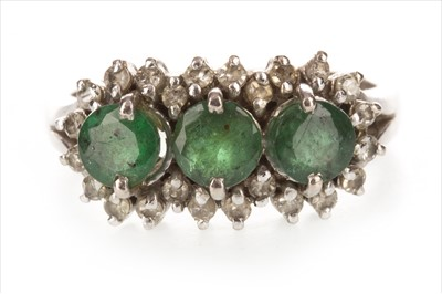 Lot 346-A GREEN GEM SET AND DIAMOND CLUSTER RING