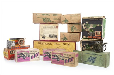 Lot 1672-A LOT OF BRITAINS ARTILLERY VEHICLES