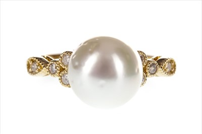 Lot 281-A SOUTH SEA PEARL AND DIAMOND RING