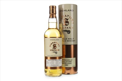Lot 16-DALLAS DHU 1982 SIGNATORY VINTAGE AGED 23 YEARS