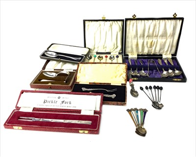 Lot 913-A SET OF SIX SILVER BEAN TOP COFFEE SPOONS ALONG WITH OTHER CASED AND UNCASED SILVER FLATWARE