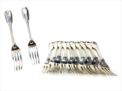 Lot 941-A SET OF EIGHT EARLY VICTORIAN SILVER FORKS AND FOUR FURTHER SILVER FORKS