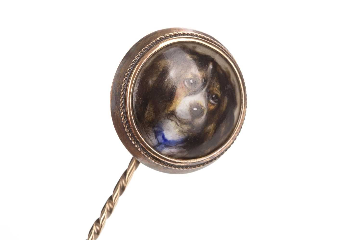 Lot 1302-RARE: KING CHARLES CAVALIER TRICOLOUR SPANIEL PORTRAIT PIN BY WILLIAM ESSEX
