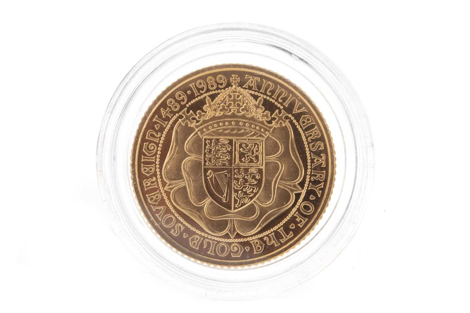 Lot 21-500 ANNIVERSARY GOLD HALF SOVEREIGN, 1989