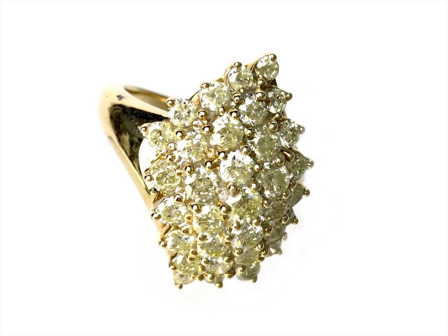 Lot 315-A DIAMOND CLUSTER RING