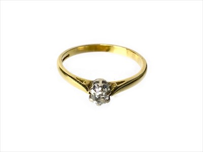 Lot 1317-A DIAMOND SOLITAIRE RING