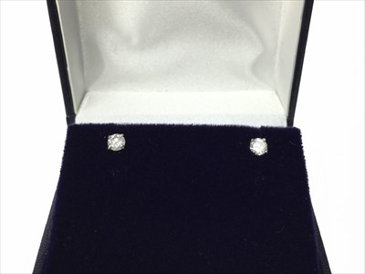 Lot 338-A PAIR OF DIAMOND STUDS EARRINGS