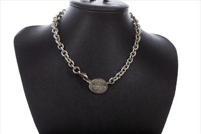 Lot 323-A TIFFANY AND CO. NECKLACE