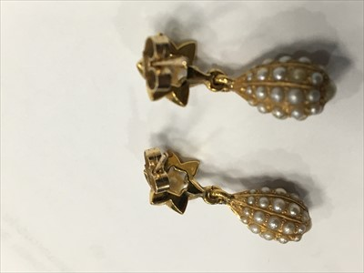 Lot 303-A PAIR OF VICTORIAN STYLE EARRINGS