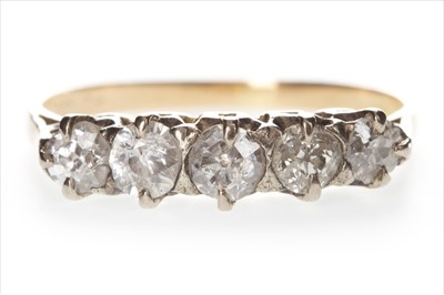 Lot 316-A DIAMOND FIVE STONE RING