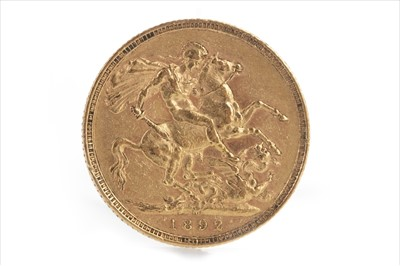 Lot 30-A GOLD SOVEREIGN, 1892