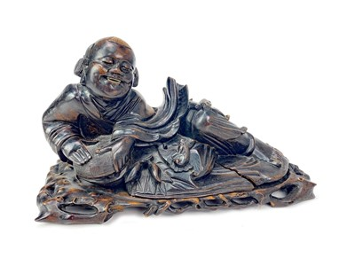 Lot 721-A CHINESE CARVED WOOD FIGURE