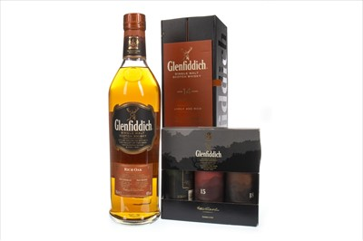Lot 350-GLENFIDDICH 14 YEARS OLD AND MINAITURE TRI-PACK