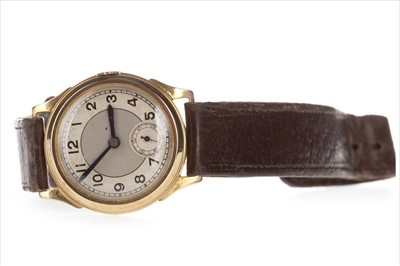 Lot 827 - A GENTLEMAN'S ART DECO WATCH