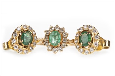 Lot 1310-A GREEN GEM AND DIAMOND RING AND MATCHING EARRINGS