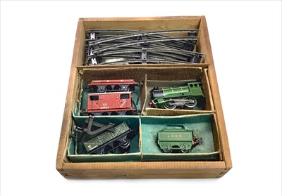 Lot 1342-A HORNBY TINPLATE NO. 601 GOODS SET