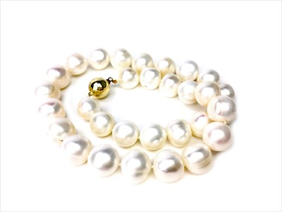 Lot 1352-A PEARL NECKLACE