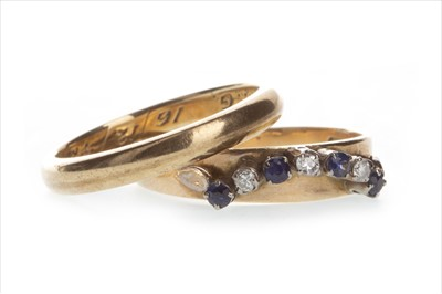 Lot 806-TWO GOLD RINGS
