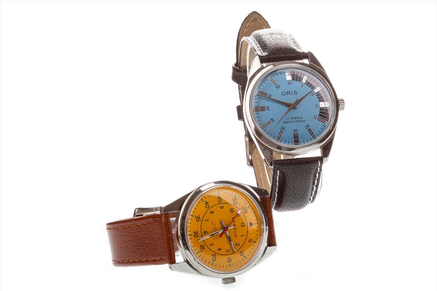Lot 752-TWO GENTLEMAN'S WRIST WATCHES