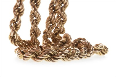 Lot 827-A GOLD ROPETWIST NECKLACE