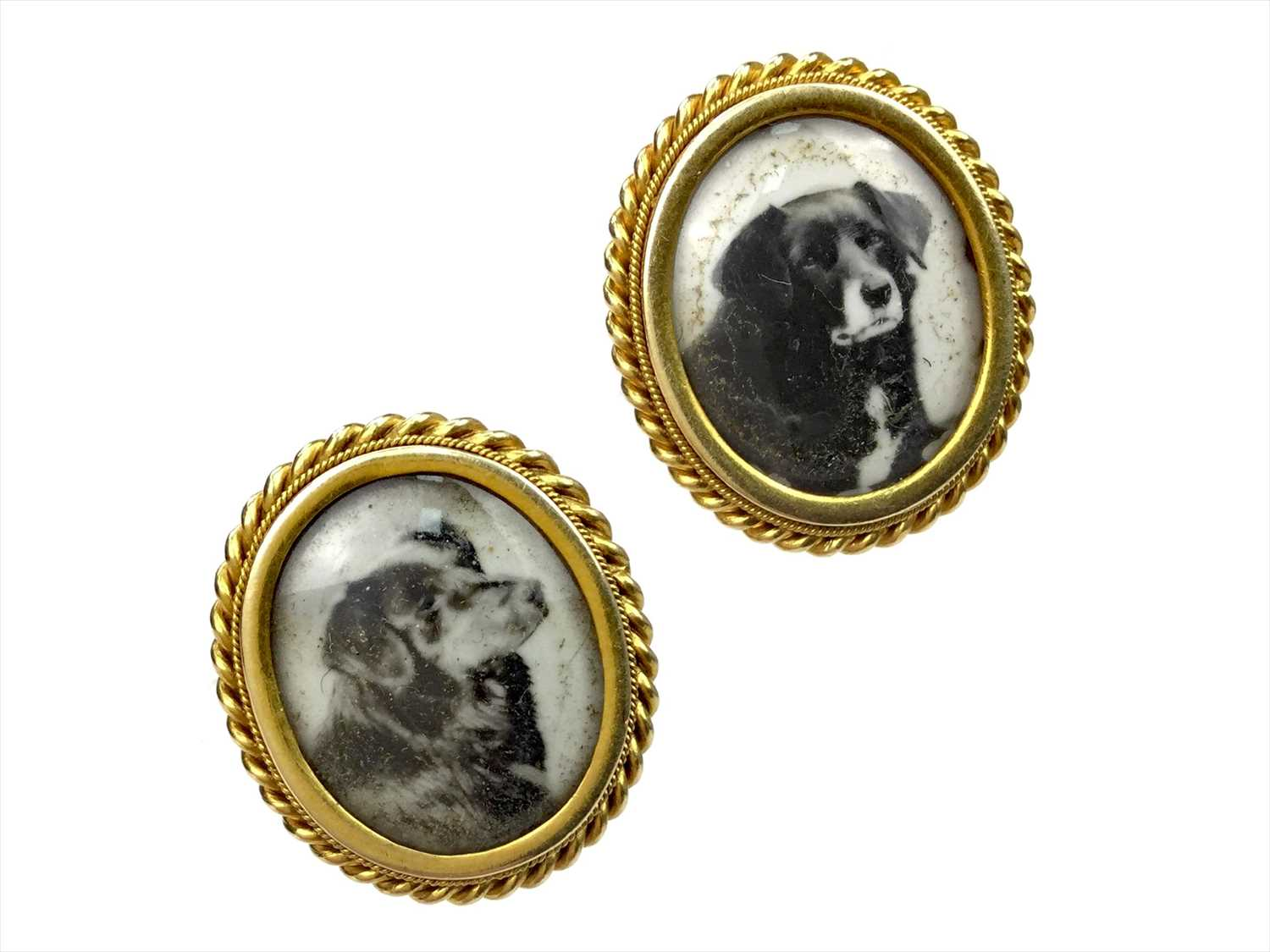 Lot 1372 - QUEEN VICTORIA INTEREST - PAIR OF MEMORIAL DRESS STUDS OF HER COLLIE DOGS