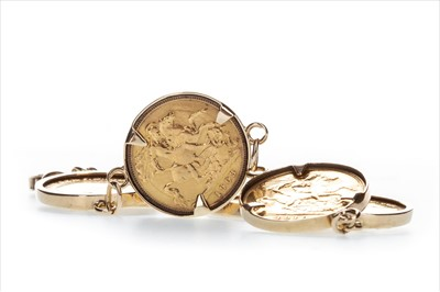 Lot 25-A GOLD HALF SOVEREIGN BRACELET
