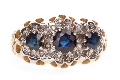 Lot 1367-A SAPPHIRE AND DIAMOND CLUSTER RING