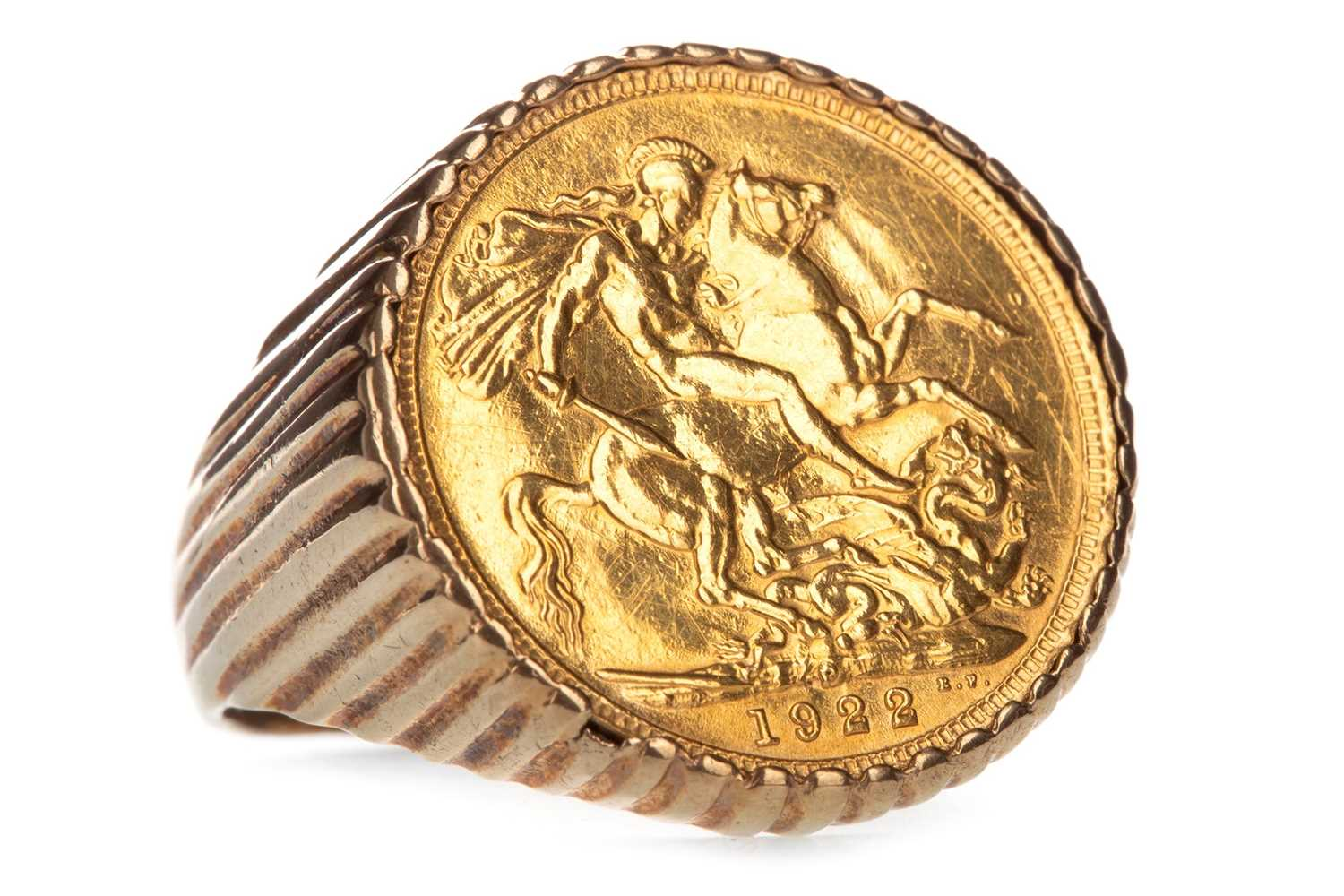 Lot 7-A GOLD SOVEREIGN, 1922