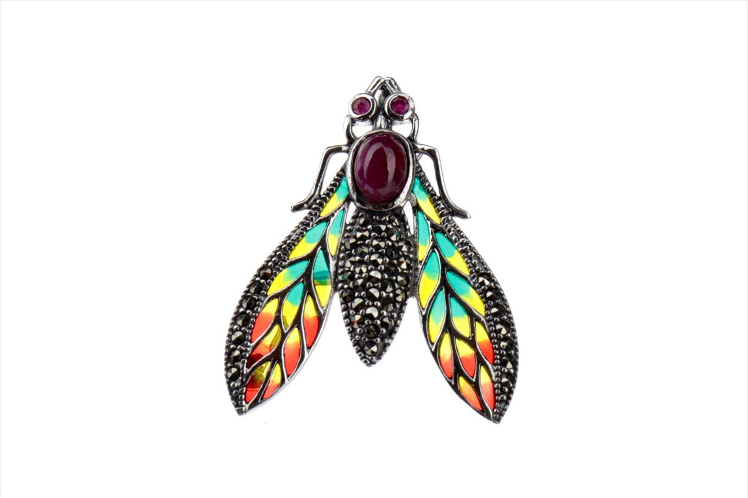 Lot 907 - A PLIQUE-A-JOUR FLY BROOCH