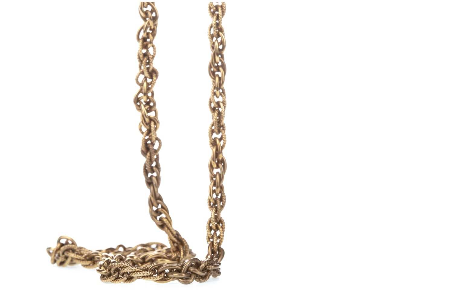 Lot 307-A GOLD CHAIN